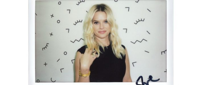 'Replicas' Star Alice Eve Takes On The Bustle Booth